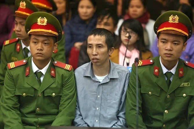 Bị cáo Bùi Văn Công bị tuyên 20 năm tù tại phiên sơ thẩm vụ án Mua bán trái phép chất ma túysáng 27/11. Ảnh: CTV.