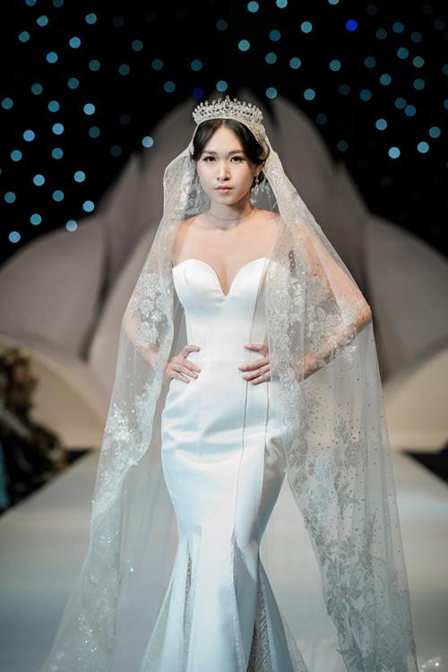 Váy cưới phong cách hoàng gia cổ điển - page 2 - 5