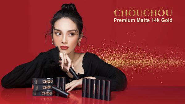 Với gợi ý của Quỳnh Lương, bạn gái sẽ có thêm nhiều lựa chọn để tỏa sáng nhan sắc trong mùa lễ hội cuối năm. ChouChou 14k Gold Editioncó mức giátừ 300.000 đồng.