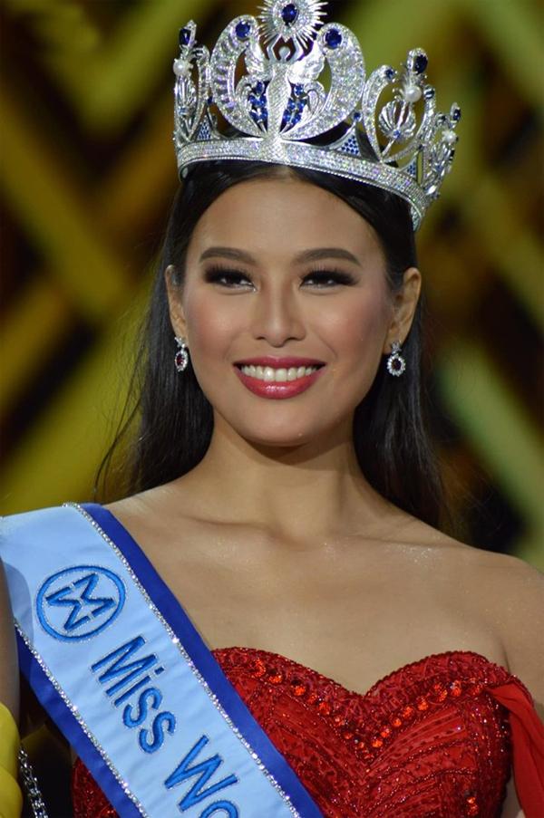 Hoa hậu Thế giới Philippines, Michelle Dee, được dự đoán đạt danh hiệu cao tại cuộc thi năm nay. Michelle là một diễn viên, người mẫu kiêm MC ở Philippines. Cô có mẹ là Melanie Marquez - siêu mẫu kiêm Hoa hậu Quốc tế năm 1979. Đến với Miss World, Michelle đang thể hiện rất tốt với thành tích Top 10 Thử thách đối đầu, Top 20 Dự án nhân ái và Top 40 Model.
