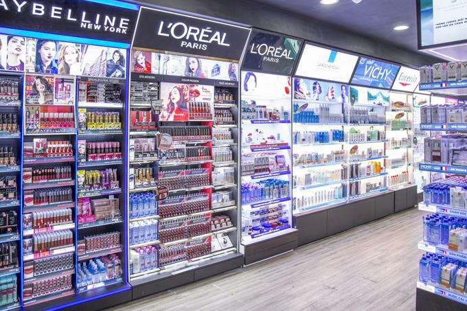 L'Oréal và Maybelline thường xuyên tổ chức nhiều chương trình khuyến mãi lớn tại Hasaki.vn.