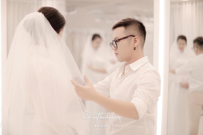 Chung Thanh Phong hết mình trong đám cưới của Đông Nhi.