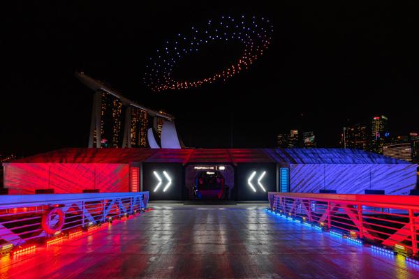 Không gian sự kiện ra mắt dòng xe Porsche Taycan.