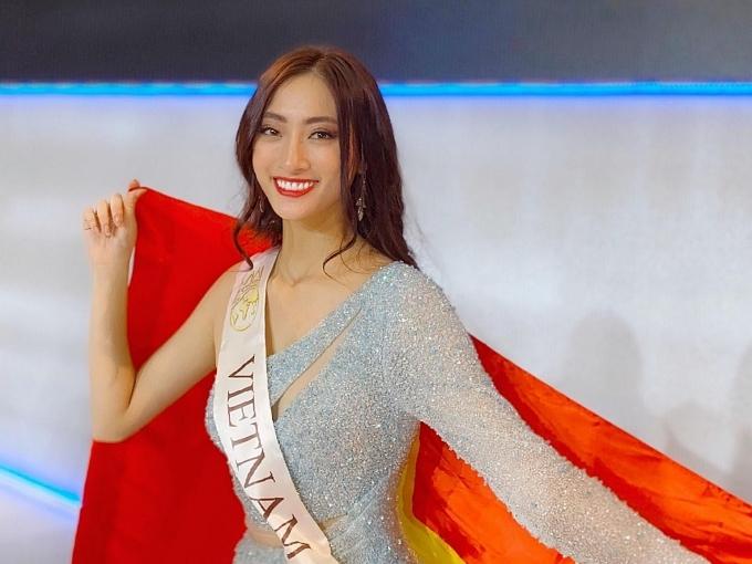 Người đẹp hạnh phúc với thành tích top 12 Miss World.