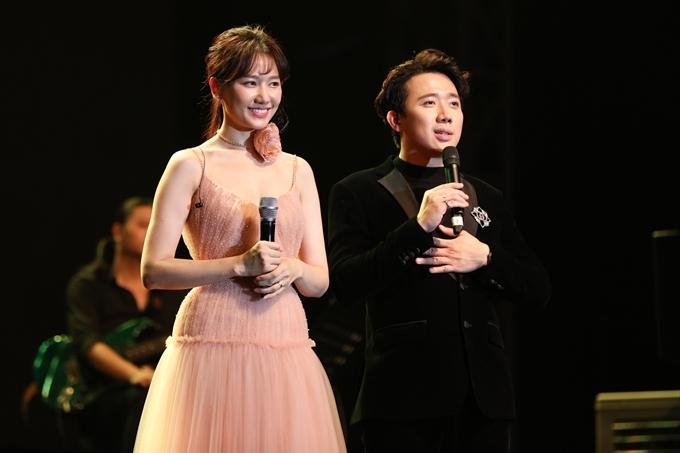 Cặp đôi cùng biểu diễn trong liveshow tại TP HCM của danh ca Hàn Quốc So Hyang - một người bạn thân của họ. Trấn Thành trực tiếp chọn nhạc, làm nội dung chương trình, đồng thời là MC và góp giọng trong một vài tiết mục. Còn Hari Won là một trong các ca sĩ khách mời.