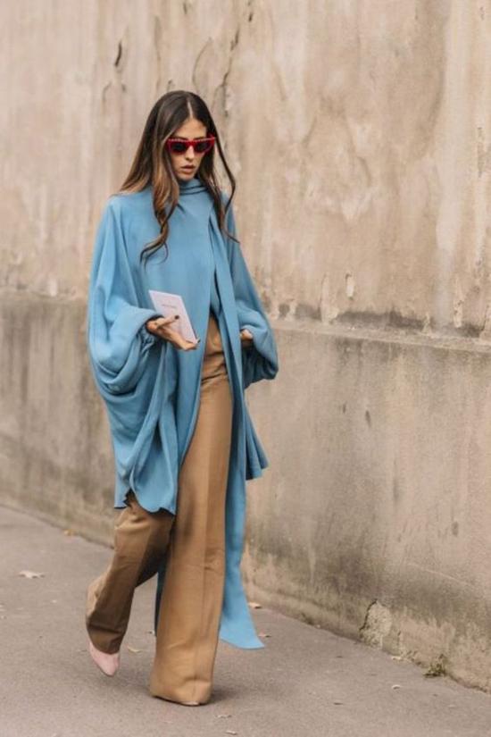 Các kiểu quần suông ống rộng không quá khó mix đồ, tuy nhiên những cô nàng có chiều cao khiêm tốn nên lưu ý về kích thước ống quần để tránh lỗi luộm thuộm khi xuống phố.