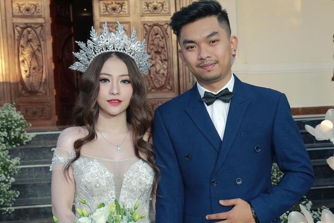 MiA mô tả chồng Triệu Vương là người cưng chiều vợ hết mực.
