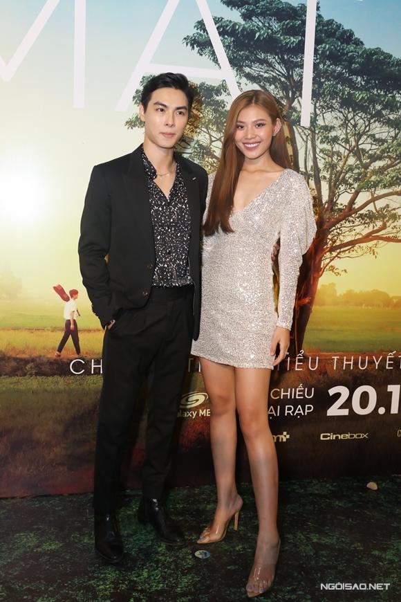 Vợ chồng ca sĩ Jay Quân - diễn viên Chúng Huyền Thanh.