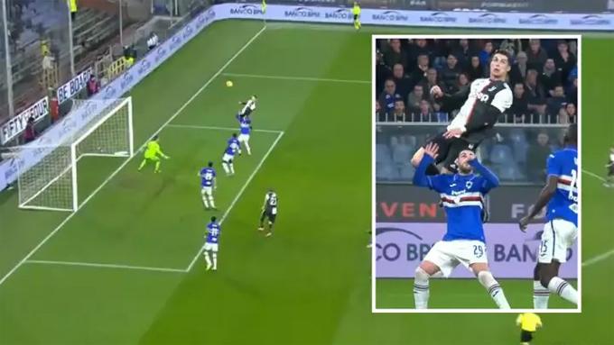 Trong khi người tình và các con đang vui vẻ với tuyết, C. Ronaldo khiến làng bóng đá thán phục với pha bật cao tới 2,56 m đánh đầu tung lưới Sampdoria phút cuối hiệp một, ấn định chiến thắng 2-1 cho Juventus ở vòng 17 Serie A tối 18/12. Chiến thắng này giúp đội bóng thành Turin tạm leo lên ngôi đầu bảng khi đối thủ cạnh tranh Inter Milan chưa thi đấu.
