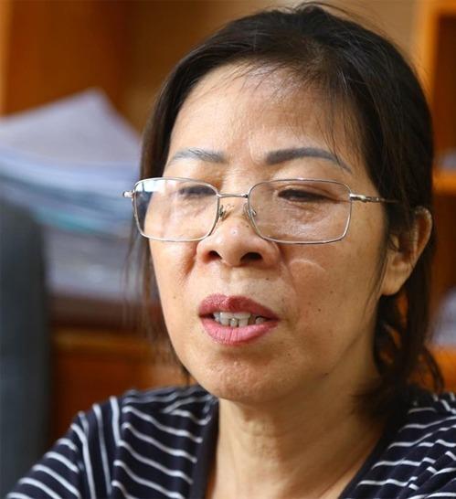 Bà Nguyễn Bích Quy tại văn phòng luật sư Nguyễn Thanh Sơn trước khi bị tạm giam. Ảnh: Phạm Dự.