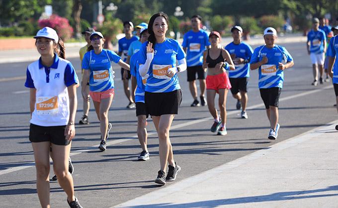 Hoa hậu Việt Nam 2006 hoàn thành cự ly 5km tại VnExpress Marathon 2019 tại Quy Nhơn. Một phần doanh thu của chương trình này được dành cho quỹ Hy vọng.