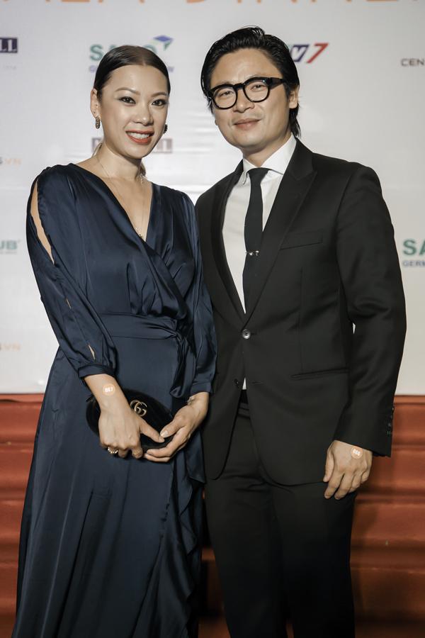 Bên cạnh các nghệ sĩ, chương trình còn có sự xuất hiện của đầu bếp Ngôi sao Luke Nguyễn. Anh lên công bố giải á quân 1 làNguyễn Văn Hưng và á quân2 làHuỳnh Hoàng Sin.