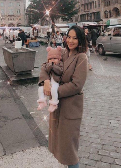 Chugn Thục Quyên giải nghệ người mẫu hơn 5 năm, hiện định cư tại Thuỵ Sĩ. Cô lập gia đình năm 2017 và đã có con gái đầu lòng.