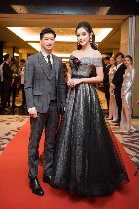Tại sự kiện, Huyền My còn hội ngộ diễn viên Ngọc Quỳnh, người thủ vai Thái trong phim Hoa hồng trên ngực trái.