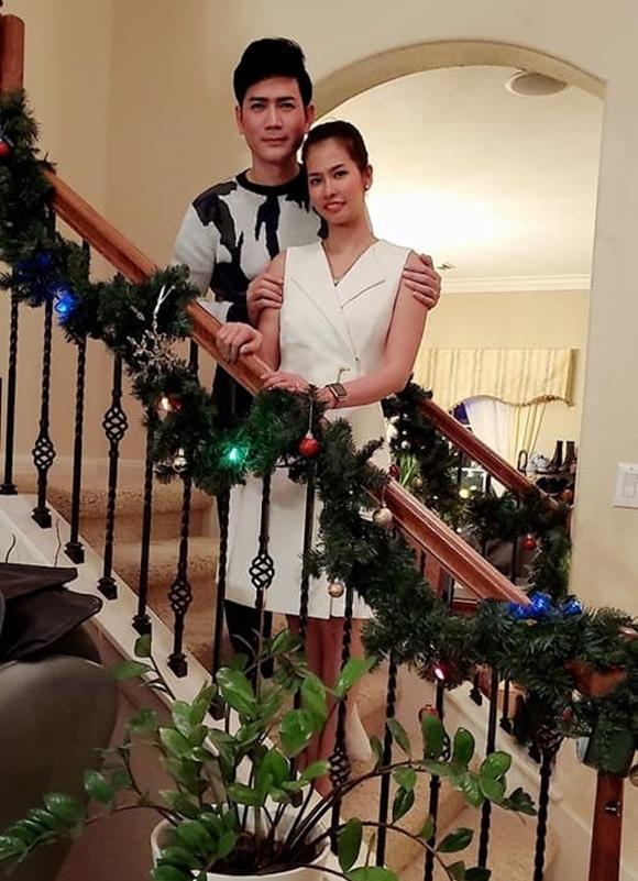 Vợ chồng Quách Thành Danh bình yên sau nhiều khó khăn trong năm 2019. Với chị Bảo Ngọc, vợ nam ca sĩ, Giáng sinh năm nay tràn đầy hạnh phúc vì con trai út của chị, bé Tuấn Nhiên, vừa được về nhà sau hơn 8 tháng chăm sóc đặc biệt ở bệnh viện.