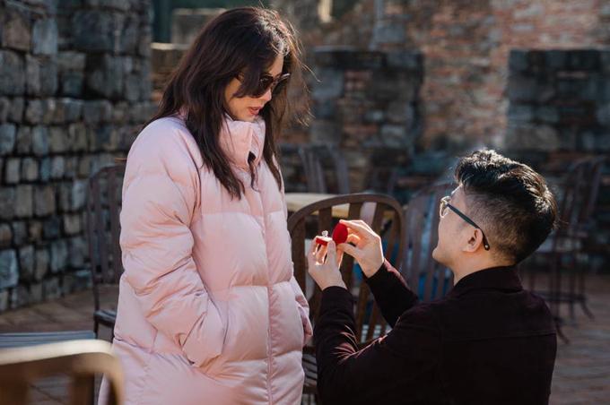 Mới đây, Tống Trí quyết định cầu hôn bạn gái nhân chuyến du lịch ở Mỹ.
