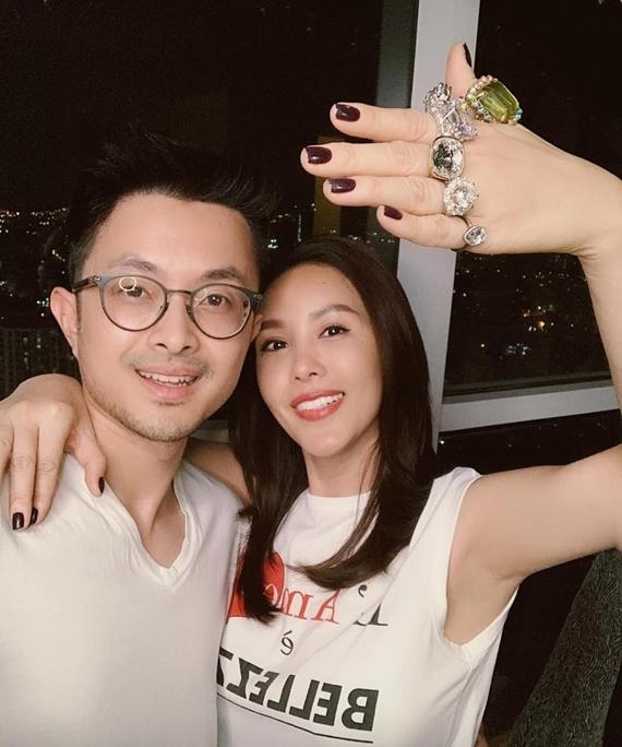 Sau đính hôn, họ dự định tổ chức đám cưới vào năm 2021.