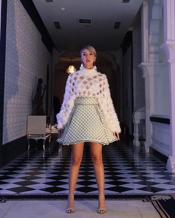 Hiện tại, Quỳnh Anh Shyn tạm dừng diễn xuất để tập trung làm beauty blogger, mẫu ảnh và tham gia chiến dịch quảng cáo cho các nhãn hàng.