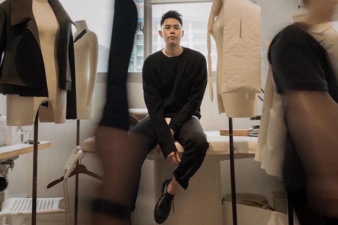 Lâm Gia Khang là nhà mốt trẻ được đánh giá cao về gu thẩm mỹ và phong cách riêng.