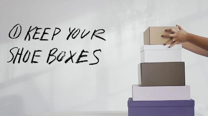 Khi mua boots về, bạn nên giữ lại hộp bởi chúng có tác dụng bảo vệ và giữ món đồ của bạn ở điều kiện tốt nhất có thể.