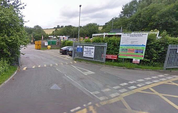 Trung tâm tái chế rác thải ở hạt Somerset, Anh, nơi các nhân viên tìm thấy số tiền 15.000 bảng. Ảnh: Google.