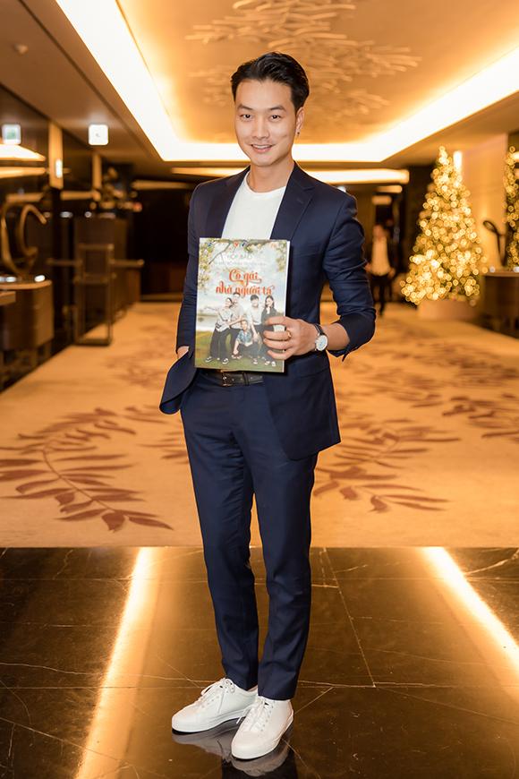 Diễn viên Trọng Lân tiếp tục vào vai công tử ăn chơi. Anh từng được chú ý khi đảm nhận vai Phong - hoàng tử Thiên Thai trong phim Quỳnh búp bê.