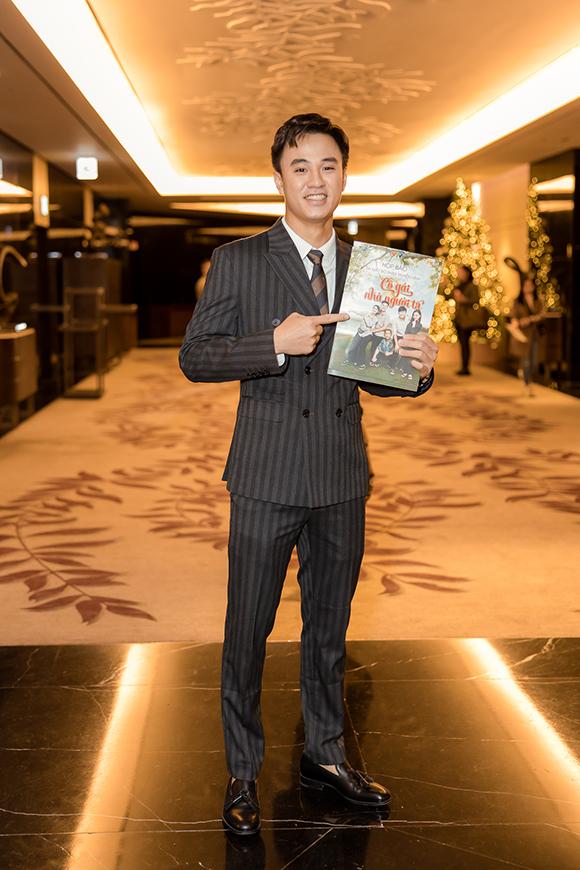 Diễn viên Quang Trọng lần đầu tham gia phim của VFC và rất háo hức khi được xuất hiện trên sóng quốc gia.
