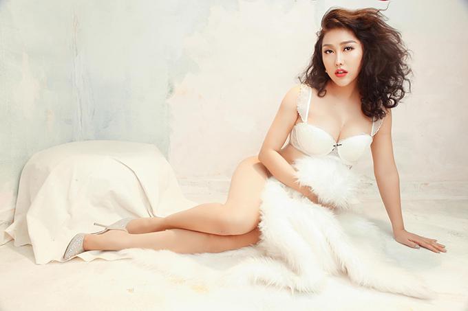 Phi Thanh Vân cho rằng: Việc gia tăng chỉ số hấp dẫn của cơ thể và nâng tầm giá trí của một người phụ nữ là vô cùng quan trọng.Hãy luôn luôn ghi nhớ rằng đàn ông yêu bằng mắt.