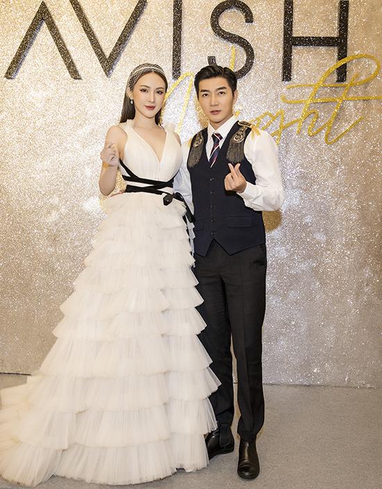 Nam Hee và Kelly Nguyễn phối đồ ăn ý và luôn tạo được dấu ấn đẹp mỗi khi sánh bước cùng nhau tại các sự kiện văn hoá giải trí.