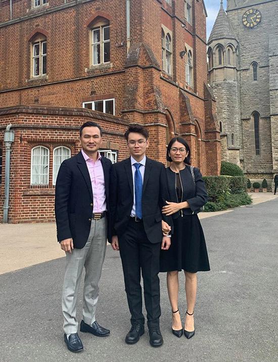 [CaptionGia Cát đang học tại St Edwards School (Oxford).