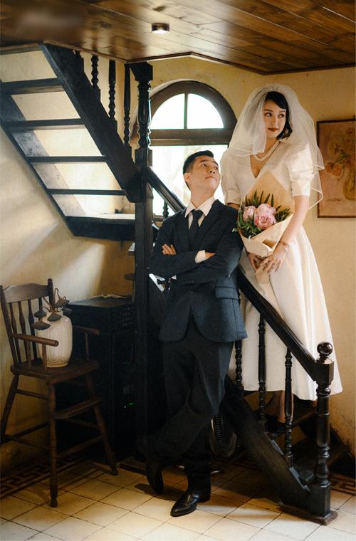 Sau khi đính hôn năm 2019, cặp uyên ương đã có con chung là bé Chuồn. Khi được hỏi về dự định tổ chức đám cưới trong tương lai, Mi Vân cho biết cô cùng gia đình đang thảo luận thêm và muốn bé Chuồn lớn và cứng cáp hơn rồi mới tính đến chuyện hỷ sự.