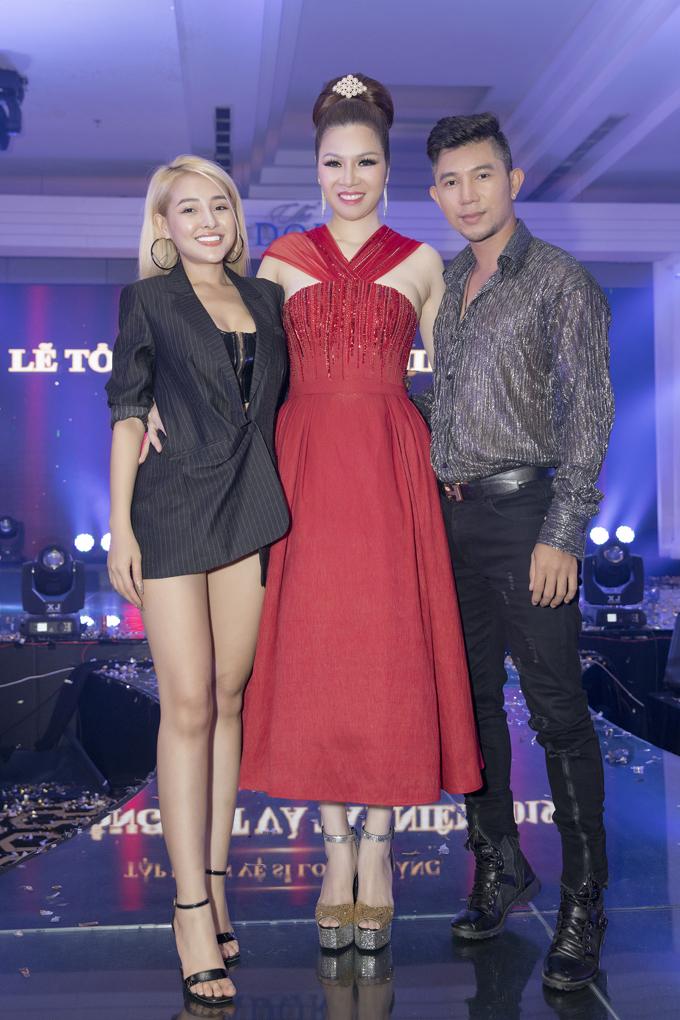 Sự kiện còn có sự góp mặt của ca sĩ Lương Bằng Quang và bạn gái - DJ Ngân 98. Cả hai cùng biểu diễn trong chương trình.