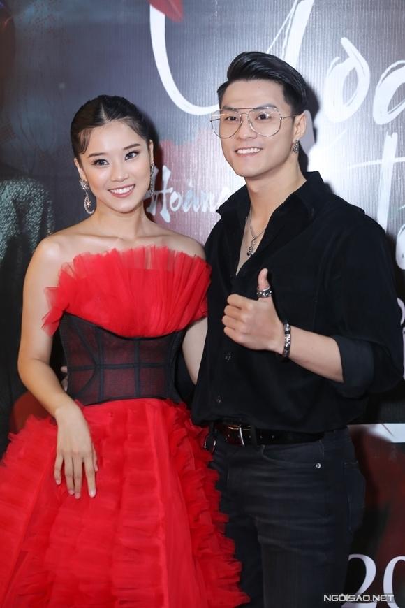 Hoàng Yến Chibi bên vũ công Lâm Vinh Hải