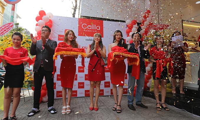 Sau cửa hàng đầu tiên trên đường Lê Đại Hành, quận11, Calila tiếp tục mở rộng chuỗi bán lẻ với sự ra đời cửa hàng thứ hai, với không gian hiện đại sang trọng phục vụ khách hàng.