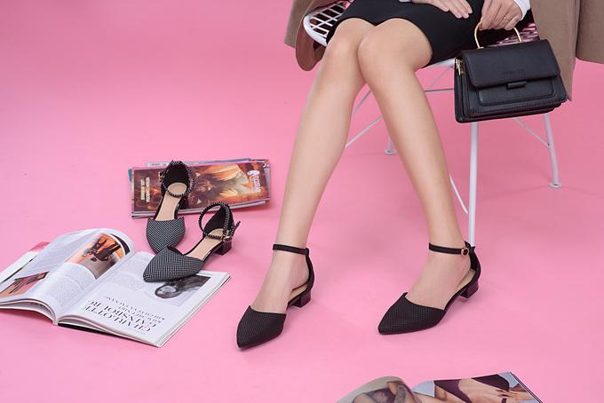 Với những tiêu chuẩn cao cho một đôi giày được thiết kế và sản xuất hoàn toàn bởi người Việt, Calila mong muốn những sản phẩm chất lượng sẽ đến tay người tiêu dùng trên khắp cả nước, từ đó là bước đà để mang sản phẩm giày dép Việt ra khu vực và thế giới.
