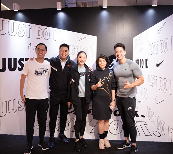 Đại diệnACFC chia sẻ Nike Saigon Centre hy vọng sẽ mang đến những trải nghiệm mua sắmmớivà thuận tiện nhất cho khách hàng Việt Nam. Chúng tôi luônnỗ lực mang đến các dòng sản phẩm đa dạng, áp dụng những công nghệ tiên tiến phục vụ nhu cầu tập luyện và thời trang của đông đảo người tiêu dùng, vị đại diện nói.