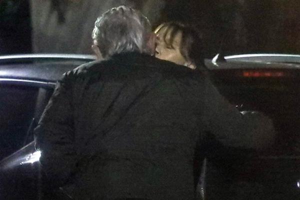 Chuyện tình của bố Lampard và bà Janet từng bị phanh phui năm 2004