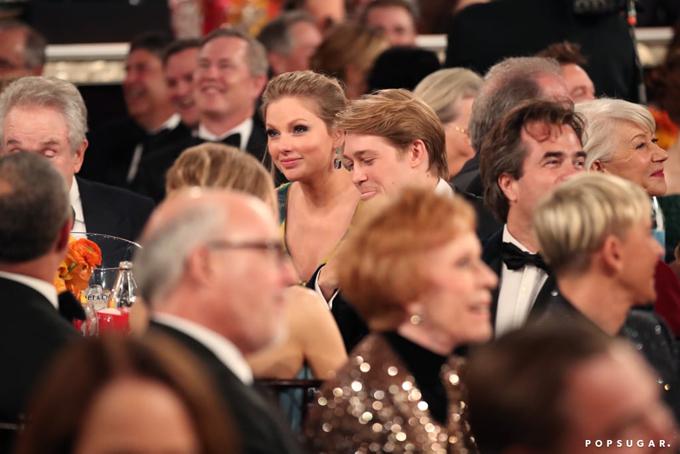 Taylor và Joe Alwyn được các fan vun vén vì ngoại hìnhđẹp đôi. Tài tử điển trai xứ sương mù lànguồn cảm hứng cho Taylor sáng tác album mới Lover.