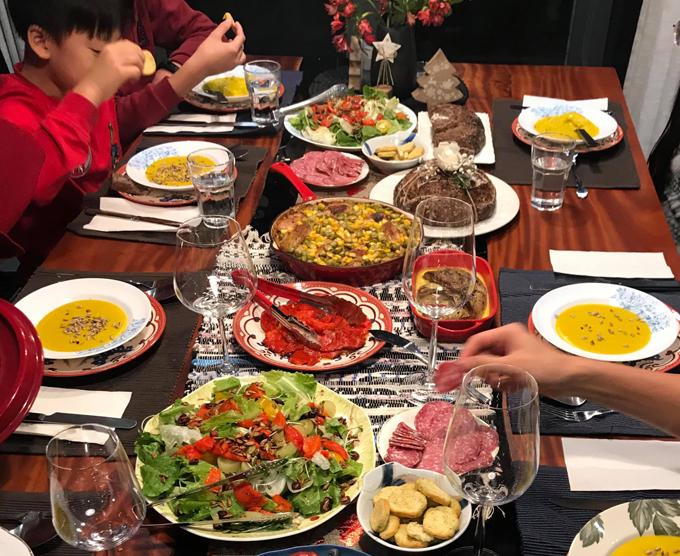 Các bữa ăn Tây chuẩn nhà hàng 5 sao của mẹ doanh nhân - page 2 - 6