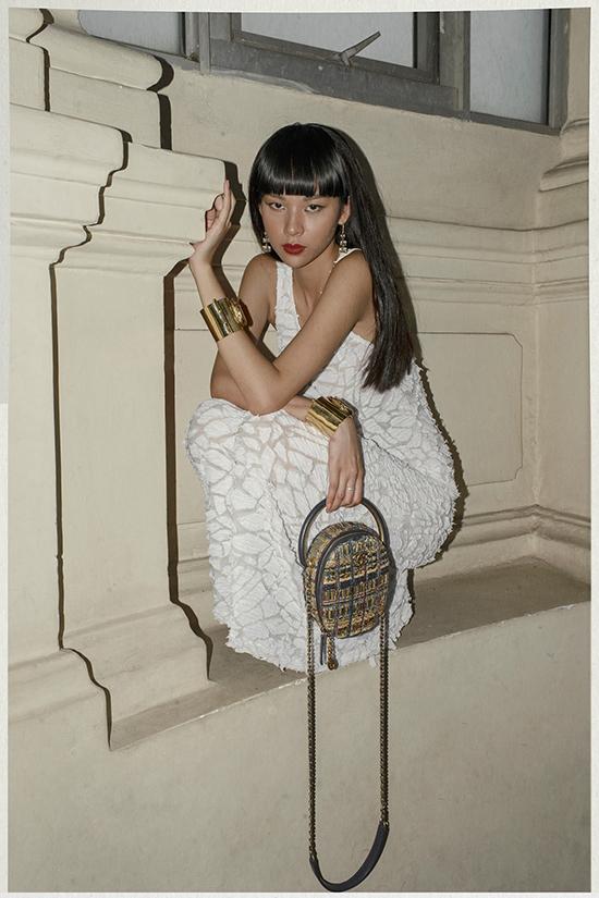 Năm 2019, Phí Phương Anh vẫn là gương mặt nằm trong top danh sách fashionista nổi bật. Bên cạnh những cái tên như Châu Bùi, Salim, Khánh Linh... Phí Phương Anh khiến giới fashionista Việt thêm nét phong phú và sôi động hơn.
