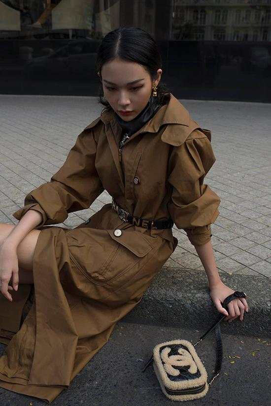 Một trong những dấu ấn đáng nhớ củaPhí Phương Anh ở năm 2019 là tham gia trình diễnAsia Fashion Awards tổ chức tại Đài Loan.Asia Fashion Awards là một lễ trao giải tầm cỡ châu lục trong lĩnh vực thời trang, quy tụ nhiều gương mặt nổi tiếng từ các quốc gia khác nhau, từ các nhà thiết kếđến dàn mẫu trình diễn.