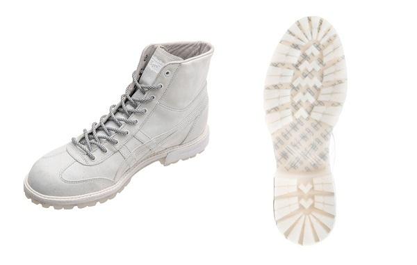 Rinkan Boots được thiết kế cổ cao hơn bản gốc với 3 loại dây giày đặc biệt.