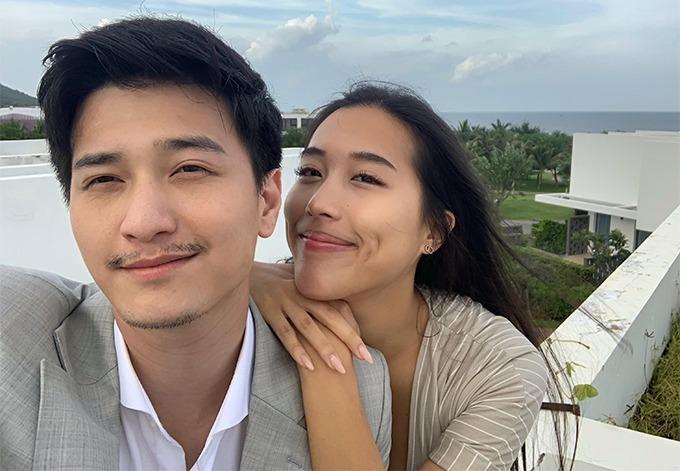 Huỳnh Anh và bạn gái Y Vân.