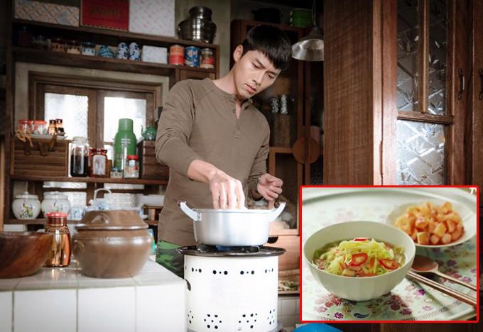 Trong phim, Hyun Bin vào vai một sĩ quan Triều Tiên (tên Ri Jung Hyuk), vô tình chạm mặt một nữ tài phiệt Hàn Quốc Yoon Se Ri (do Son Ye Jin đóng). Ngay lần gặp gỡ đầu tiên, cảm thương vì côgái gặp nạn bị bỏ đói một ngày, chàng quân nhân đã tự tay vào bếp nấu cho người đẹp món mì tương truyền thống của dân tộc Triều Tiên. Nhưng khác với ở Hàn Quốc thường là mì làm sẵn, ở Bắc Hàn, phần lớn người dân vẫn tự chế biến mì từ công đoạn nhào bột, cán bột, luộc mì... và sử dụng bếp dầu. Đại úy Ri khiến chị em nức nở vì làm bếp thành thạo, tráng trứng mỏng dính và thái chỉ khéo léo, sau cùng còn trang trí bằng vài lát ớt tươi.