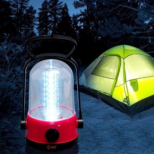 Đèn LED sạc cao cấp Comet CM8527 tiện dụng cho những chuyến dã ngoại, chiếu sáng không gian lều bạt. Phần thân đèn được làm bằng nhựa có tuổi thọ cao, phần trên của đèn có giá treo tiện dụng. Sản phẩm ứng dụng công nghệ đèn LED tiên tiến với 32 bóng đèn cho độ chiếu sáng mạnh và ổn định nhưng không gây chói mắt. Sản phẩm đang giảm 22%, còn 149.000 đồng (giá gốc 190.000 đồng).