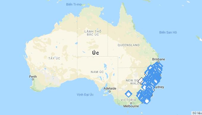 Bản đồ cháy rừng Australia. Khu vực có biểu tượng ngọn lửa tập trung ở bờ biển Đông Nam.