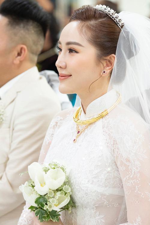 Trong ngày 15/11/2019, Bảo Thy đã làm đám cưới tại nhà thờ với doanh nhân Phan Lĩnh tại TP HCM.