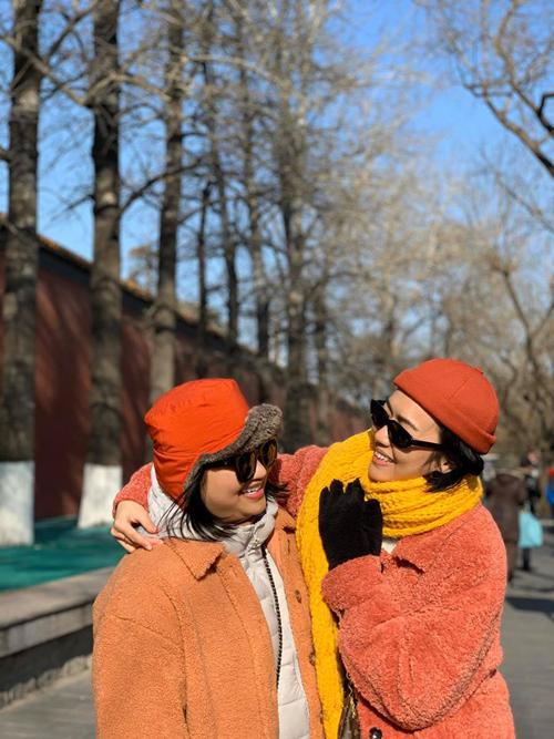 Diệu Nhi oằn mình chụp ảnh khi du lịch Trung Quốc - 12