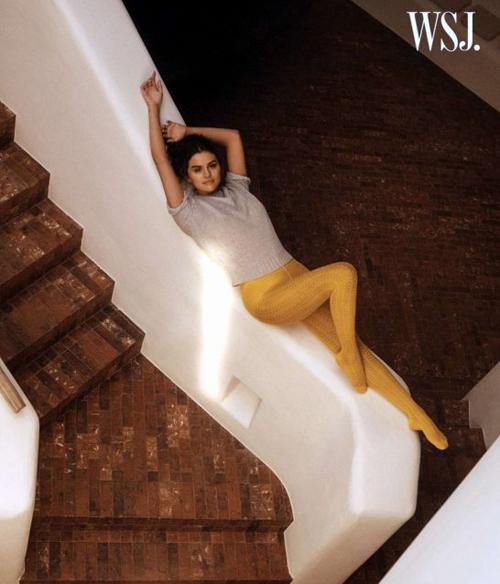 Selena Gomez gợi cảm trên tạp chí WSJ - 3