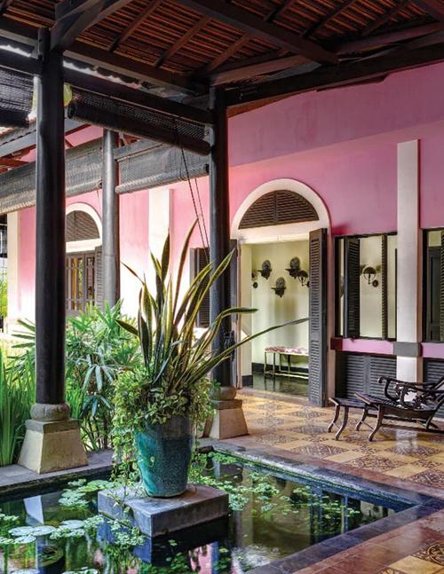 Trang Lạ không tiết lộ giá trị cụ thể của ngôi nhà nhưng cơ ngơi này ước tính phải có giá hàng triệu đôla.